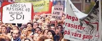 Bild på banderoll med texten inga rasister på våra gator